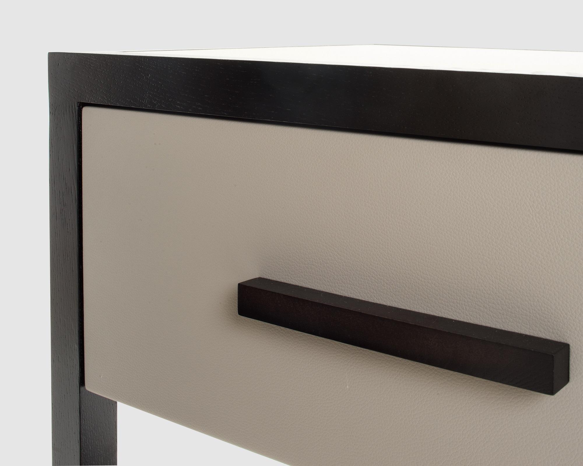 liang-eimil-liza-bedside-table-2
