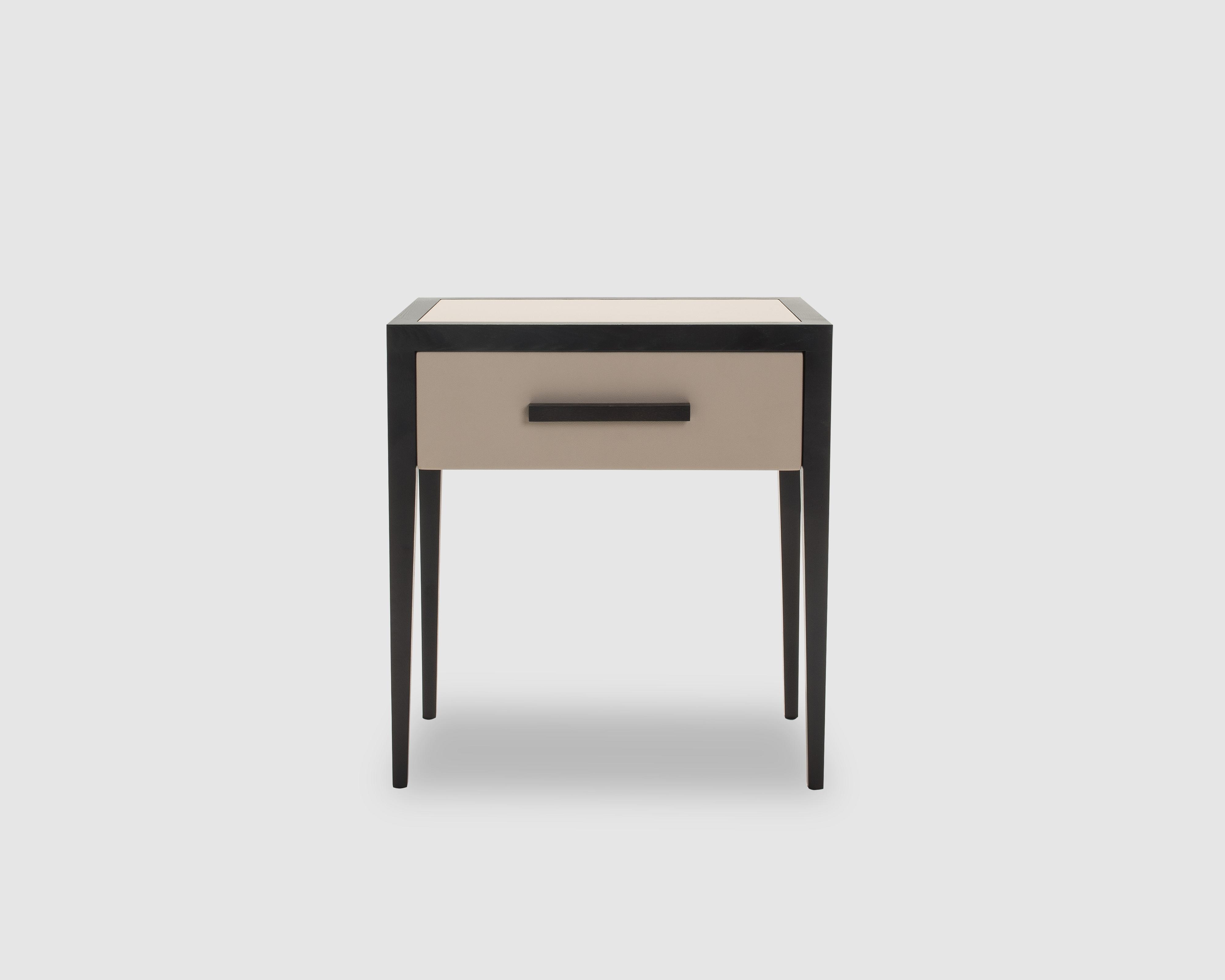 liang-eimil-liza-bedside-table-3