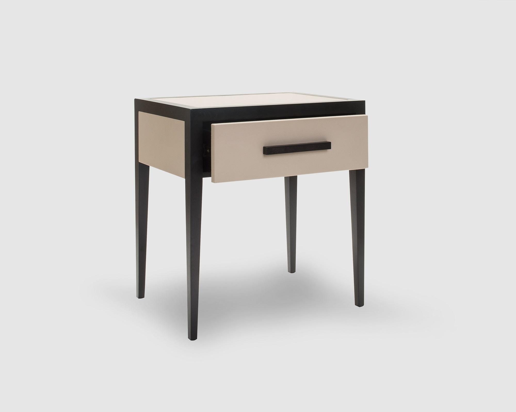 liang-eimil-liza-bedside-table-5