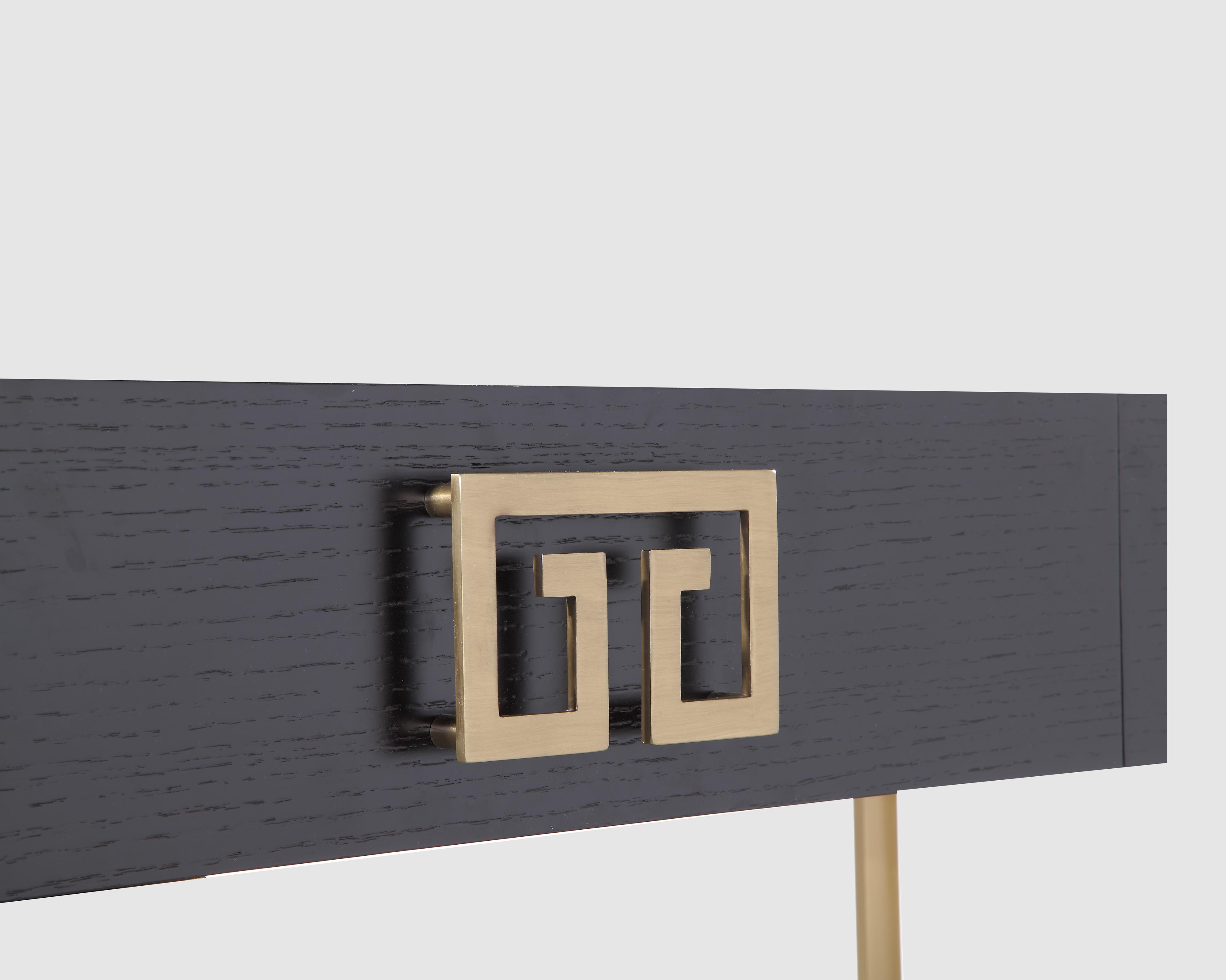 liang-eimil-nobbu-dressing-table-brass-5