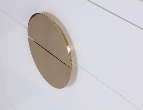 L&E Otium Chest of Drawers – White High Gloss – Champagne Gold (3)
