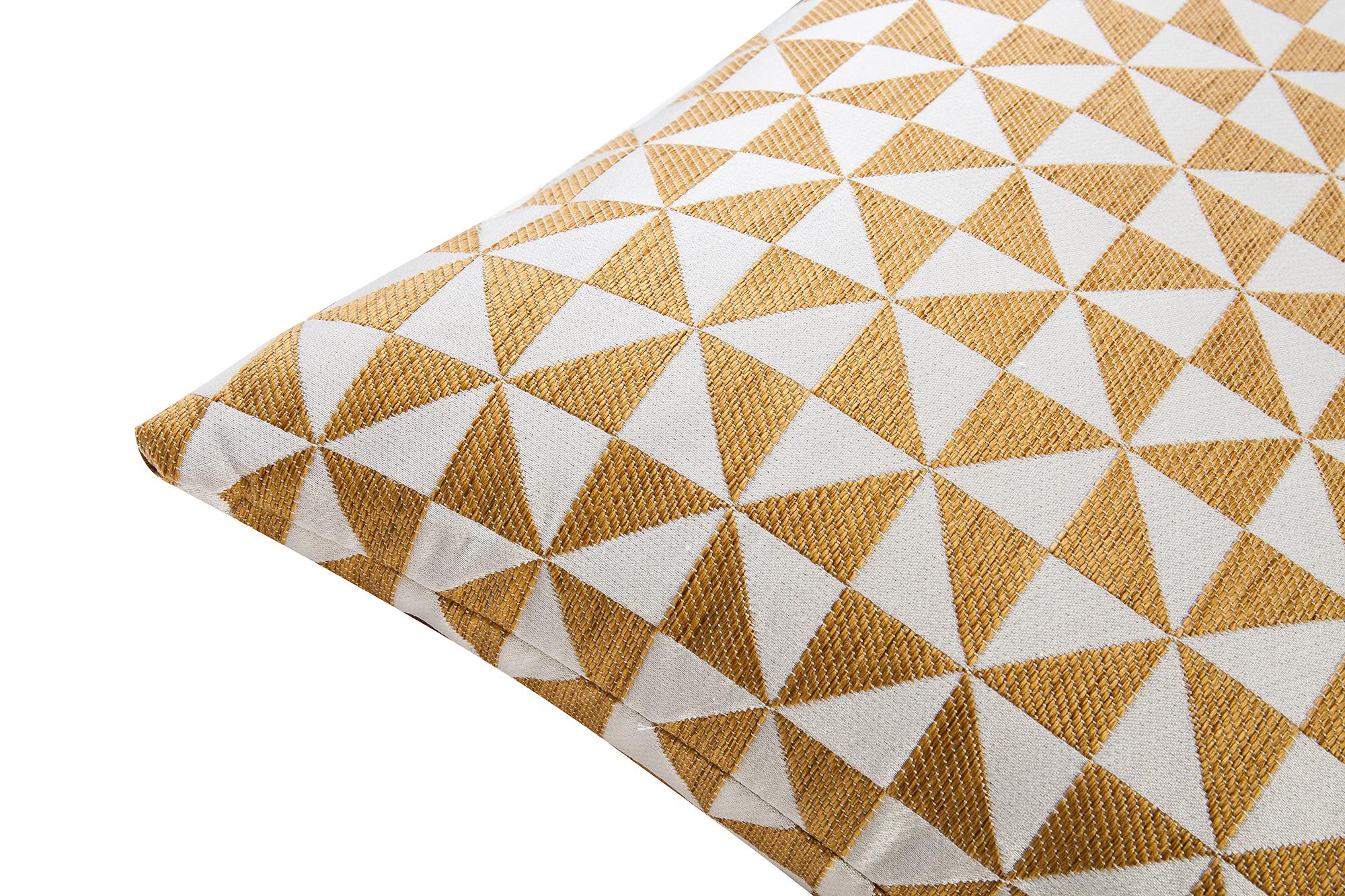 Liang & Eimil ZD-PW-0022 Colbert Gold Pillow (3)