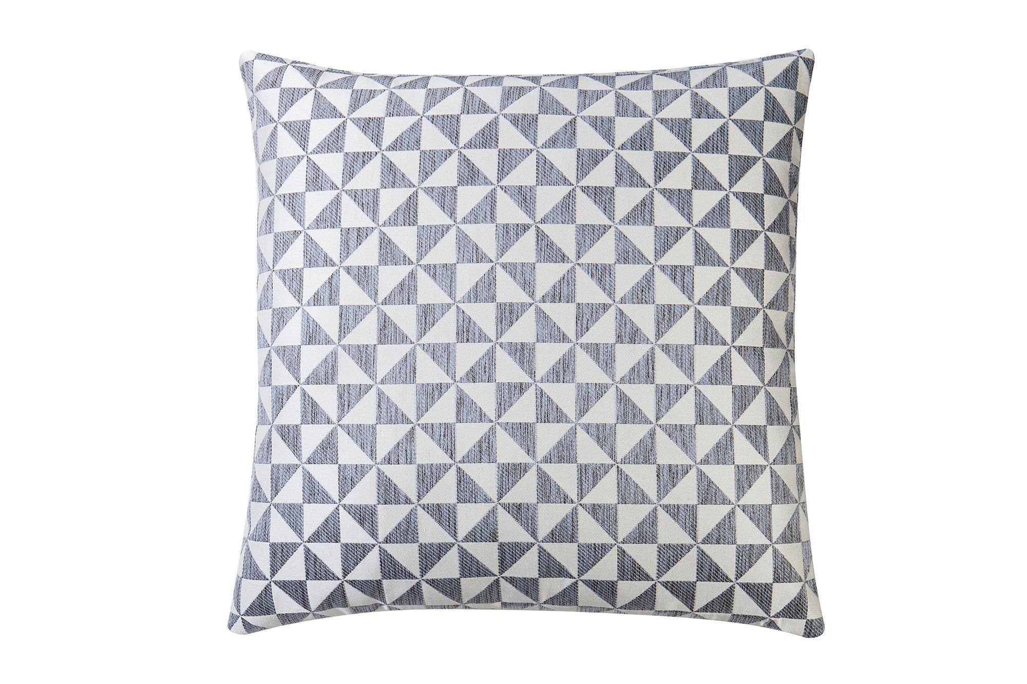 Liang & Eimil ZD-PW-0023 Colbert Silver Pillow (2)